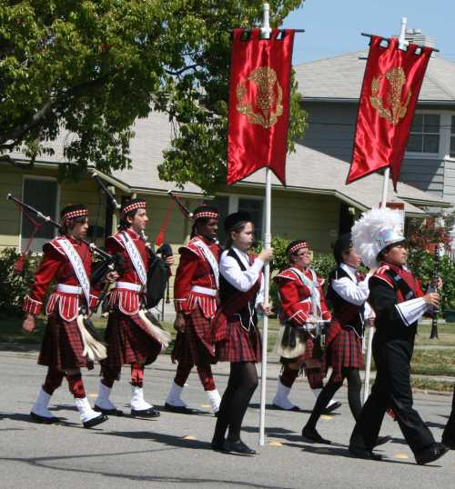 20090516_0304_bagpipes